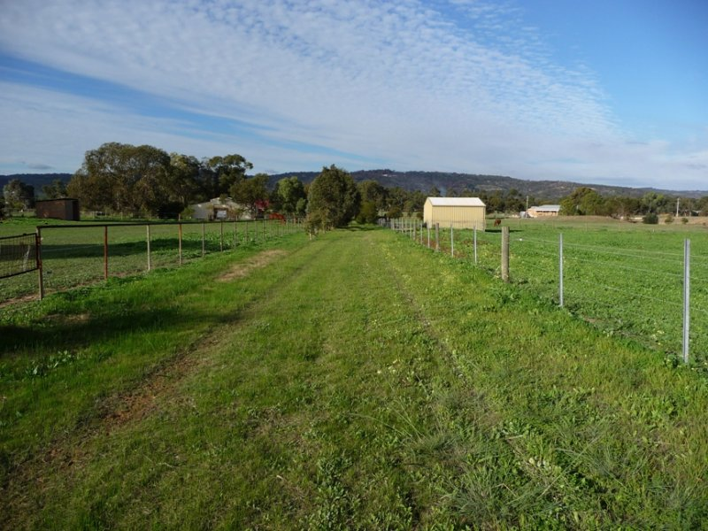 164 Haddrill Road, Baskerville, WA 6056