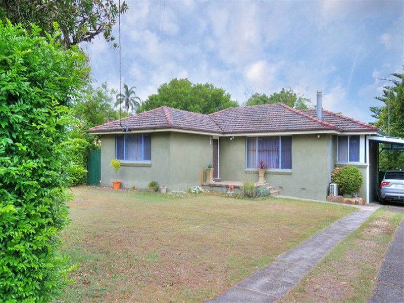 353 Somerville Road, Hornsby Heights, NSW 2077