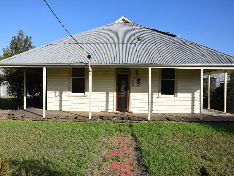 8 Meering Road, Quambatook, Vic 3540