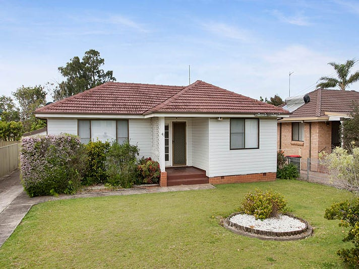 41 Girraween Avenue, Lake Illawarra, NSW 2528