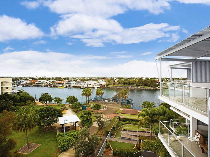 40  Island Quays, 51 Grand Pde, Kawana Island, Qld 4575