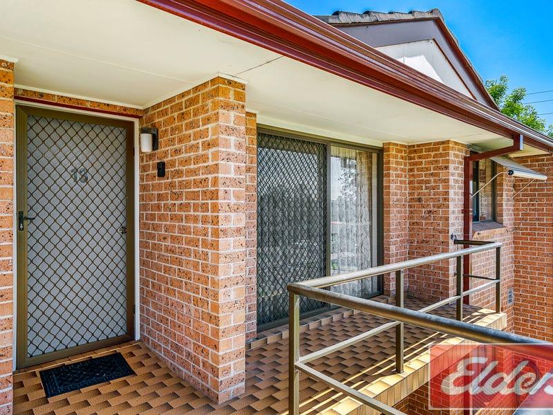 13/2 Park Road, Wallacia, NSW 2745