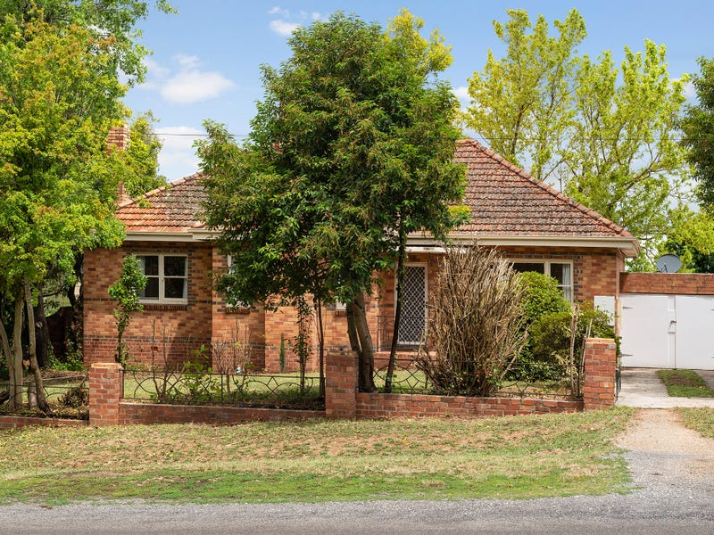 22 Central Springs Road, Daylesford, Vic 3460