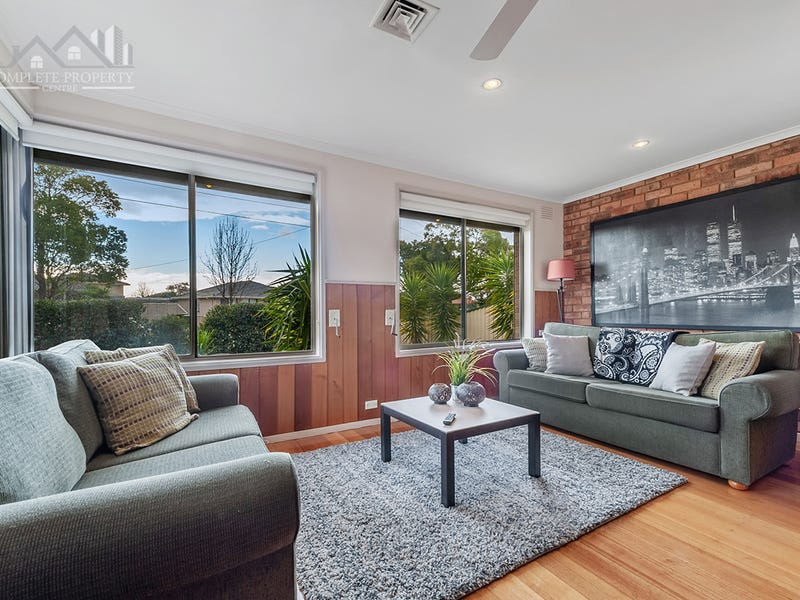 20 Parnell Cres, Gladstone Park, Vic 3043