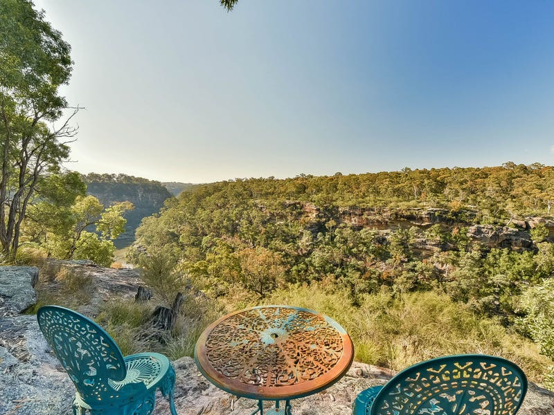 155 Lyrebird Road, Pheasants Nest, NSW 2574