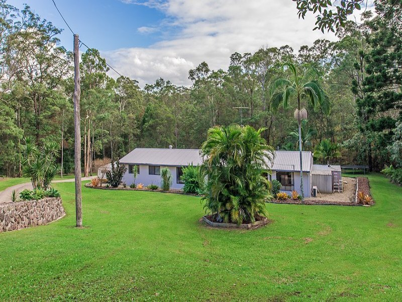 14 Laburnum Grove, Parklands, Qld 4560