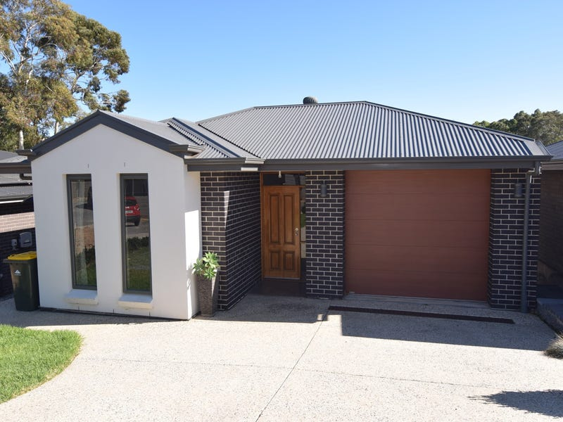 7 Maplewood Crt, Flagstaff Hill, SA 5159