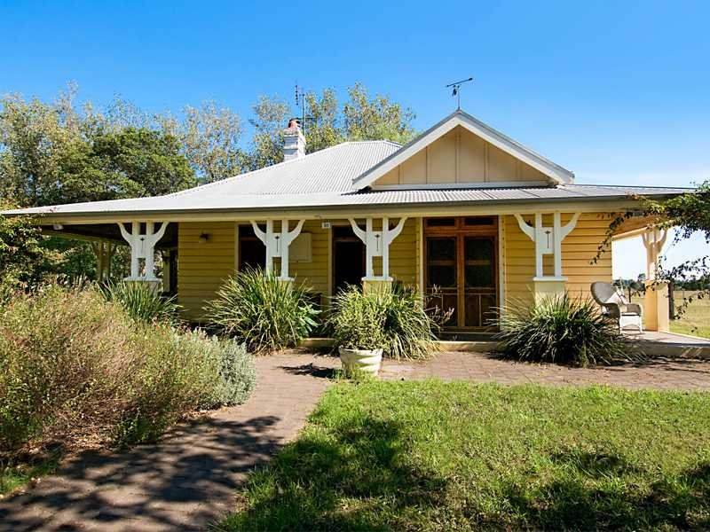 Address available on request, Lorn, NSW 2320