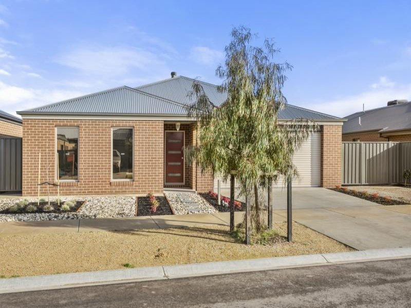 9 Erindale Way, Marong, Vic 3515