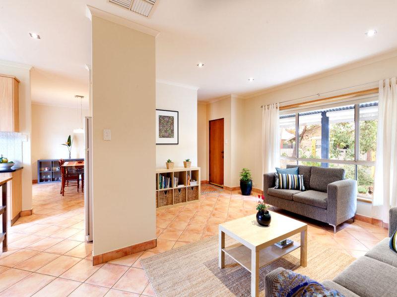 17 Abbotsbury Place, Evandale, SA 5069