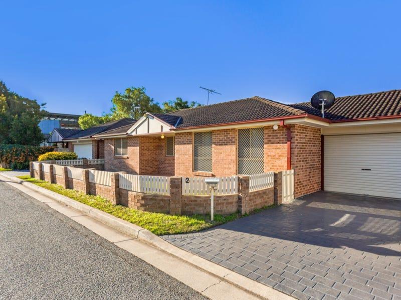 2/19 Broe Avenue, East Hills, NSW 2213