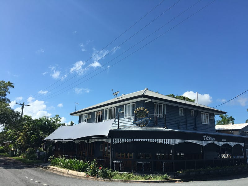 97 Marshall Street, Machans Beach, Qld 4878