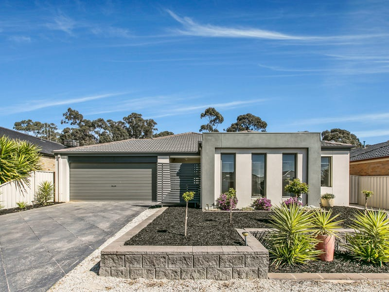 32 Peacock Drive, Epsom, Vic 3551
