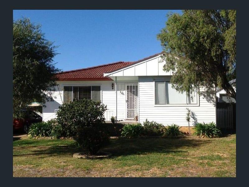 15 Warren Street, Tamworth, NSW 2340
