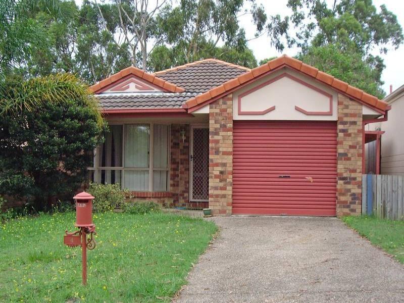 4 Sarabah Place, Forest Lake, Qld 4078