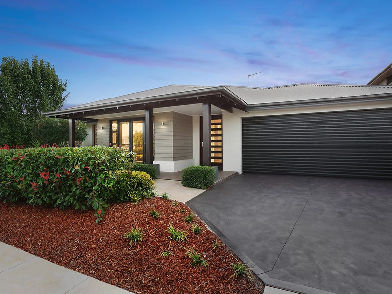 18 Peregrine Street, Gledswood Hills, NSW 2557