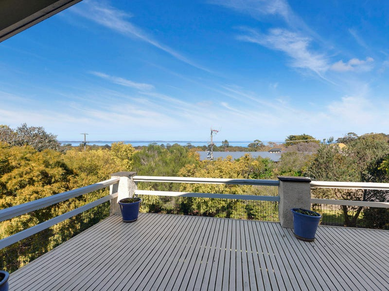 86 Beach Hill Avenue, Somers, Vic 3927