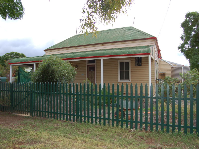23 JOHNSTON STREET, Lake Cargelligo, NSW 2672