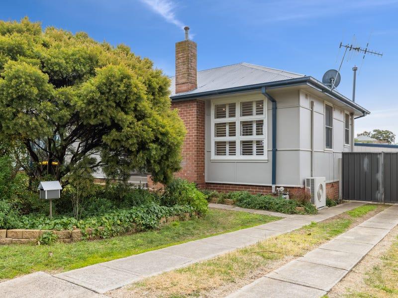 11 Wyatt Street, Goulburn, NSW 2580