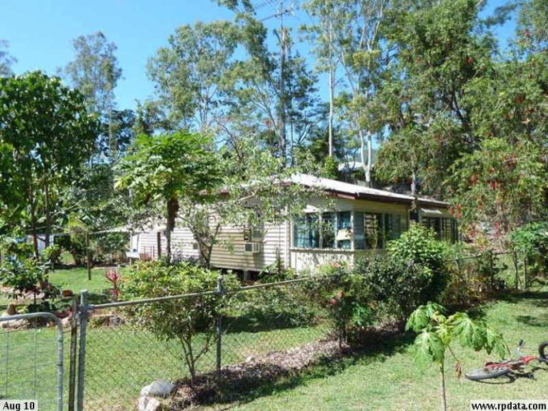 5 Matthew Street, Finch Hatton, Qld 4756