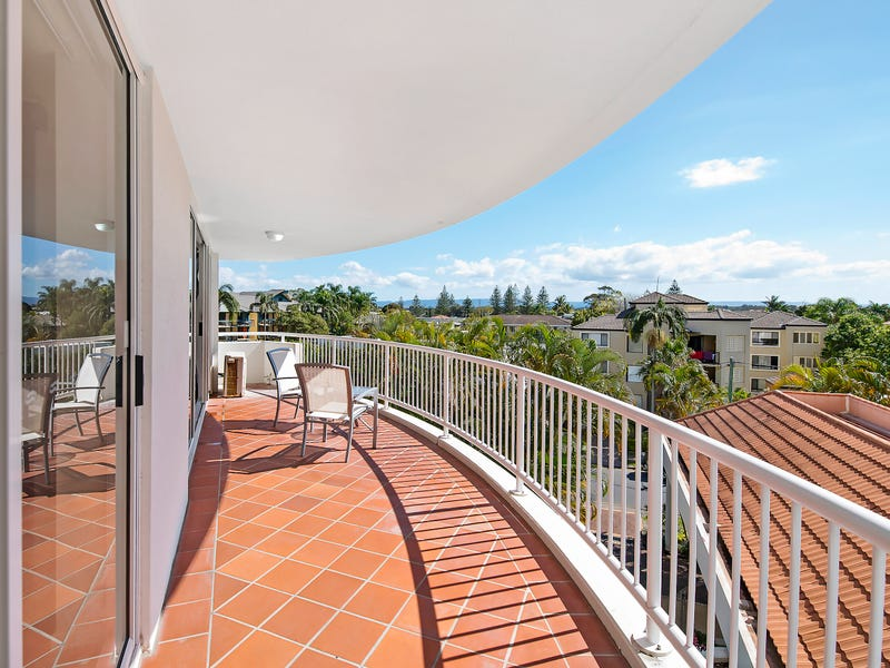 322/132 Ferny Avenue, Surfers Paradise, Qld 4217