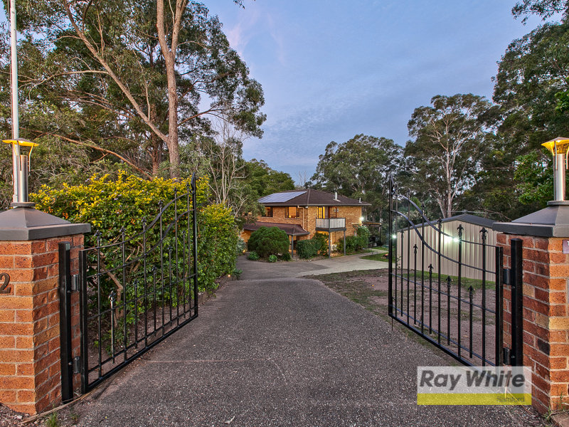 12 Fitzgerald Court, Clear Mountain, Qld 4500