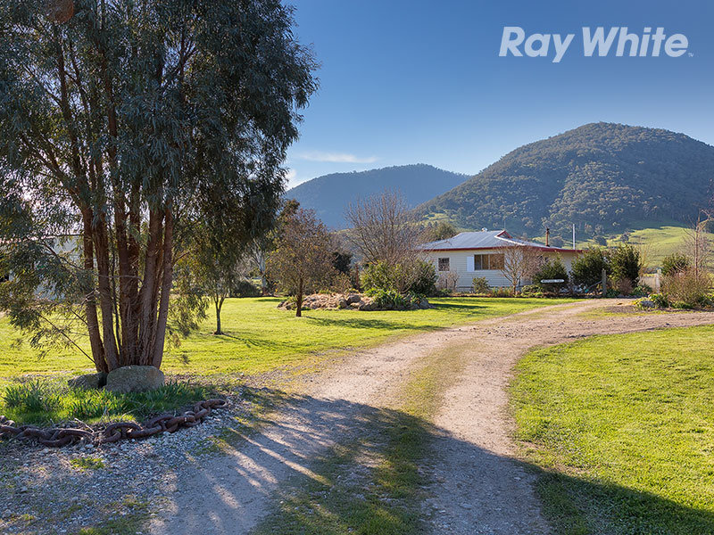 8078 Murray Valley Highway, Bullioh, Vic 3700