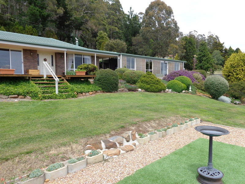 14634 Highland Lakes Road, Deloraine, Tas 7304