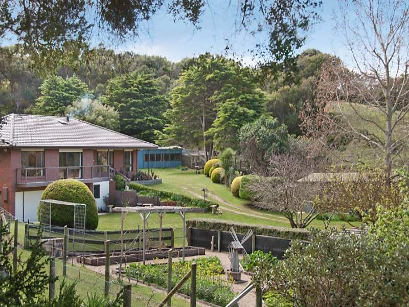90 Serina Road, St Andrews Beach, Vic 3941