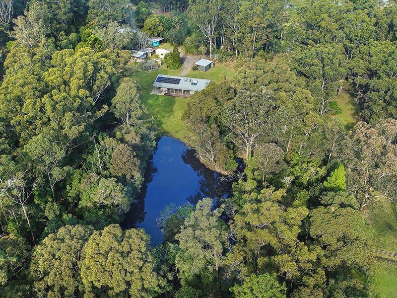 165 Woollamia Road, Falls Creek, NSW 2540