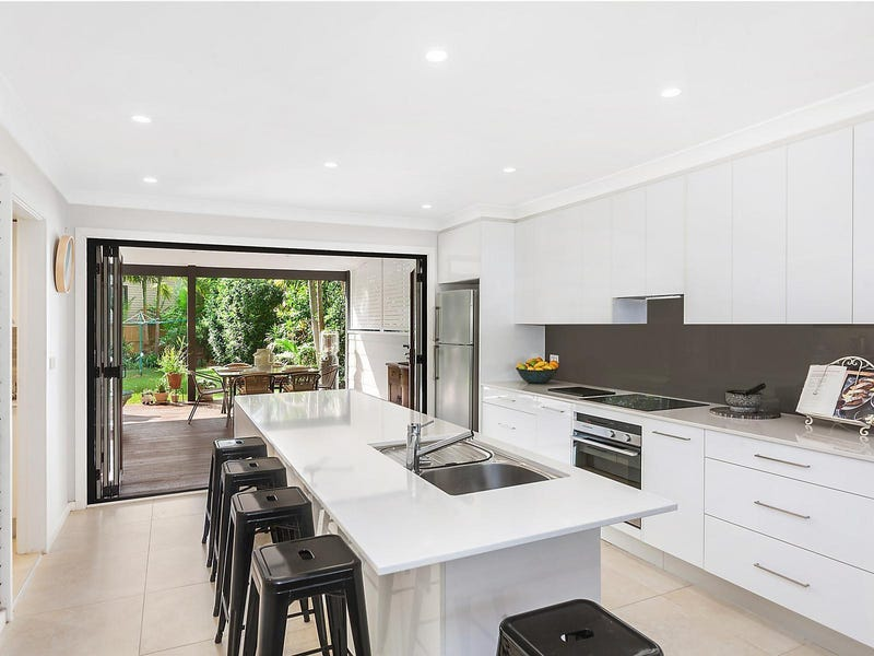 37 Malkana Avenue, Forresters Beach, NSW 2260