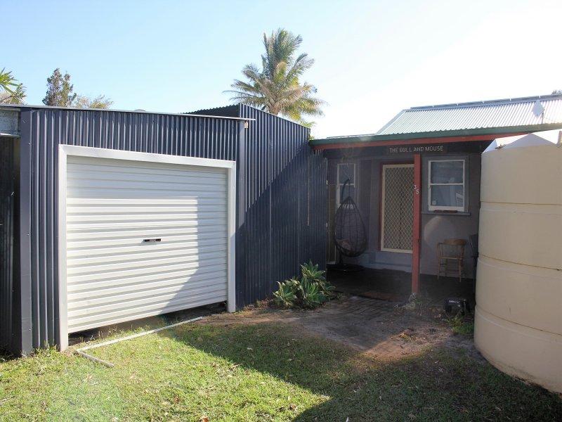 35 Schafer Street, Red Rock, NSW 2456