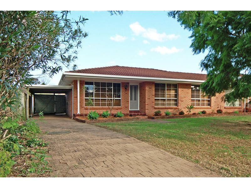 Villa 4/40 Lyndhurst Drive, Bomaderry, NSW 2541