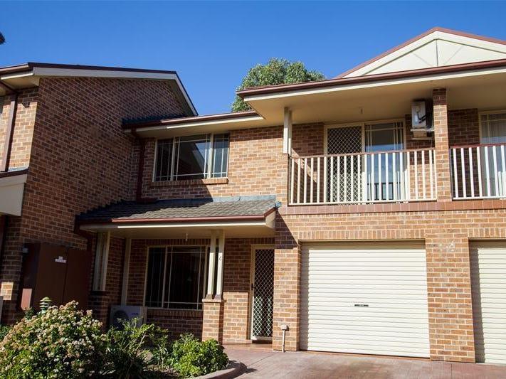 4/5 Corella Road, Green Valley, NSW 2168
