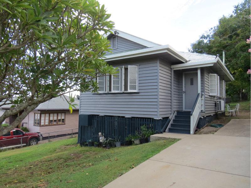 16 Bowen Terrace, The Range, Qld 4700
