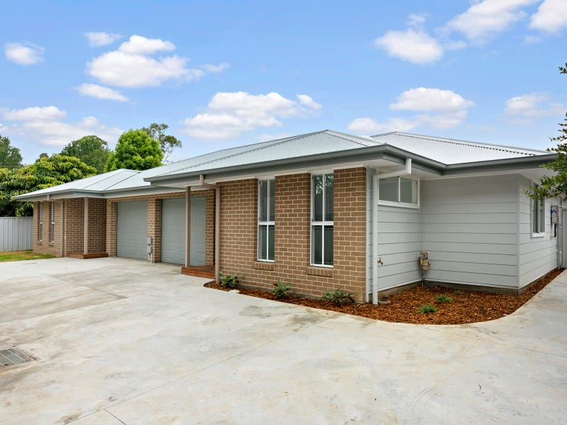 10A & 10B Seccombe Street, Nowra, NSW 2541