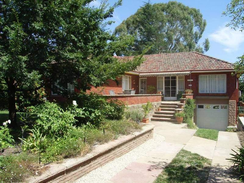 111 Mitre Street, Bathurst, NSW 2795