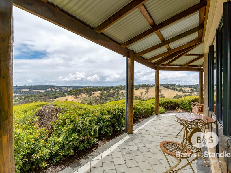 6 Jacaranda Place, Kangaroo Gully, WA 6255