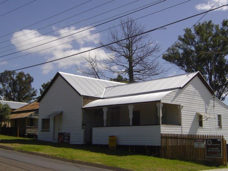 24 Mary Street, Blackstone, Qld 4304