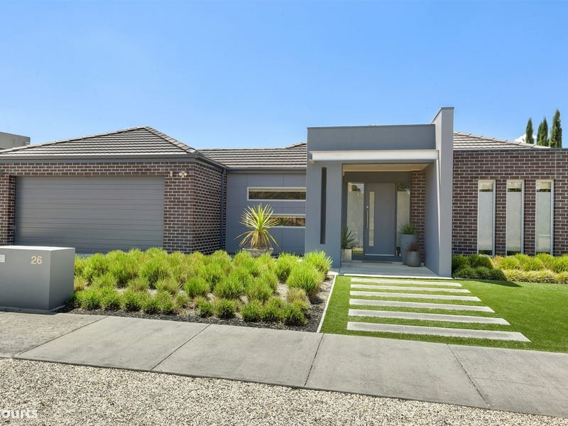 26 Valley Drive, Canadian, Vic 3350