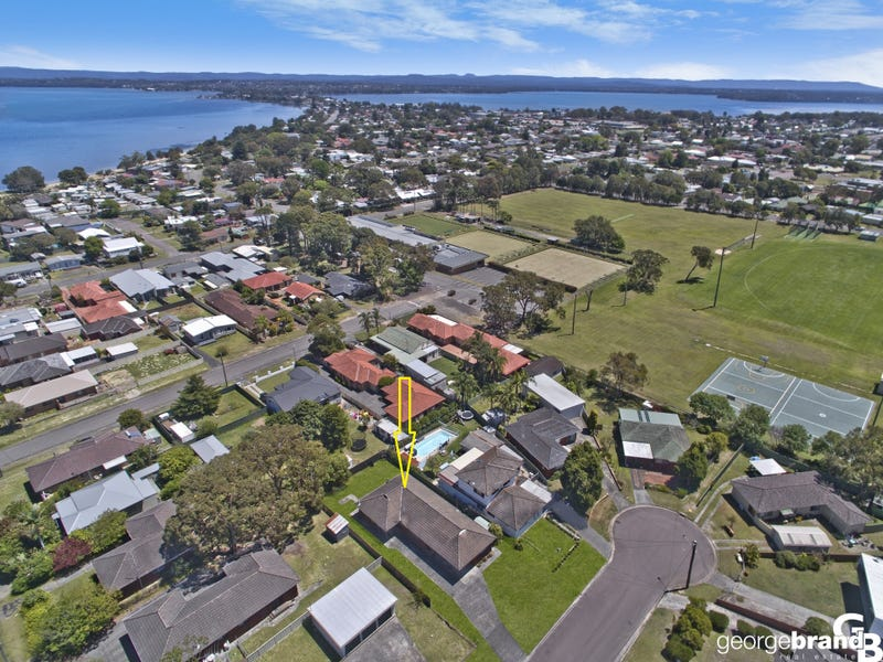 2 Read Street, Canton Beach, NSW 2263