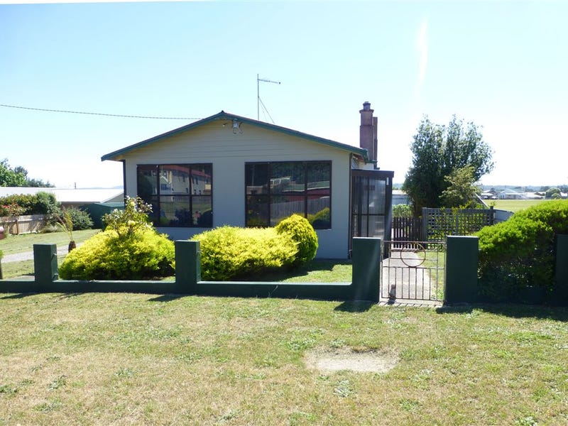 10 Fysh Street, Beaconsfield, Tas 7270