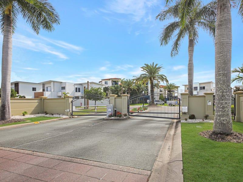 7019 Phoenix Palms Drive, Hope Island, Qld 4212