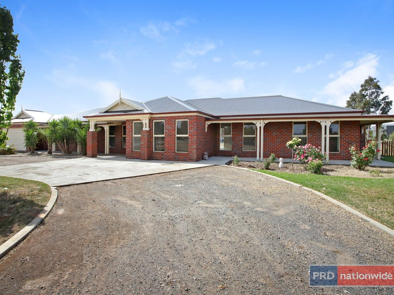 21 Ruxton Way, Hopetoun Park, Vic 3340