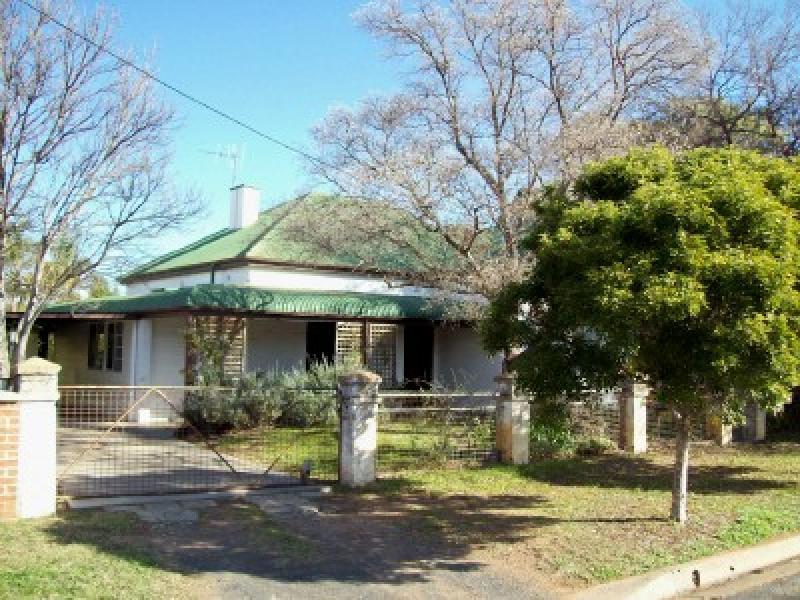 5 Nash Street, Coonamble, NSW 2829