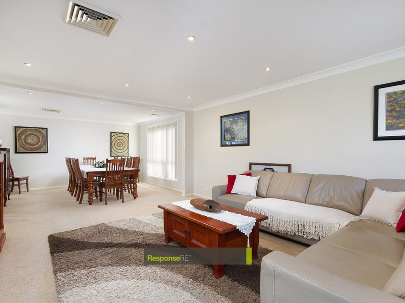1 Pyrenees Way, Beaumont Hills, NSW 2155