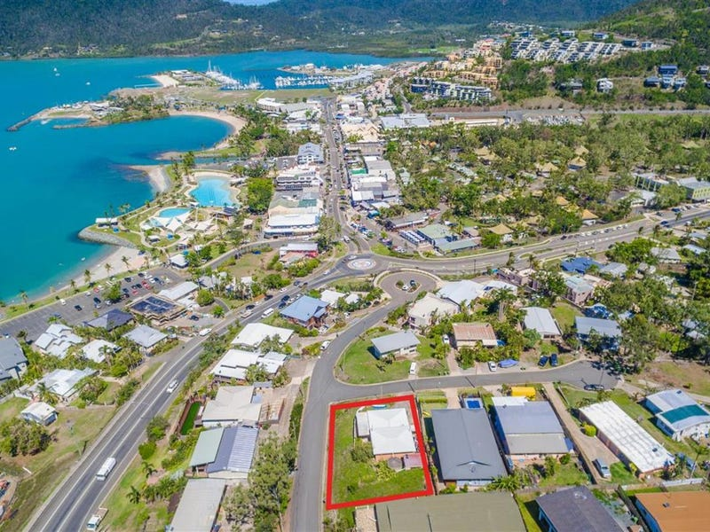 34 Airlie Crescent, Airlie Beach