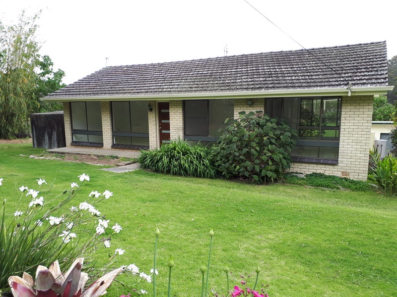 93 Pine Forest Road, Tomerong, NSW 2540