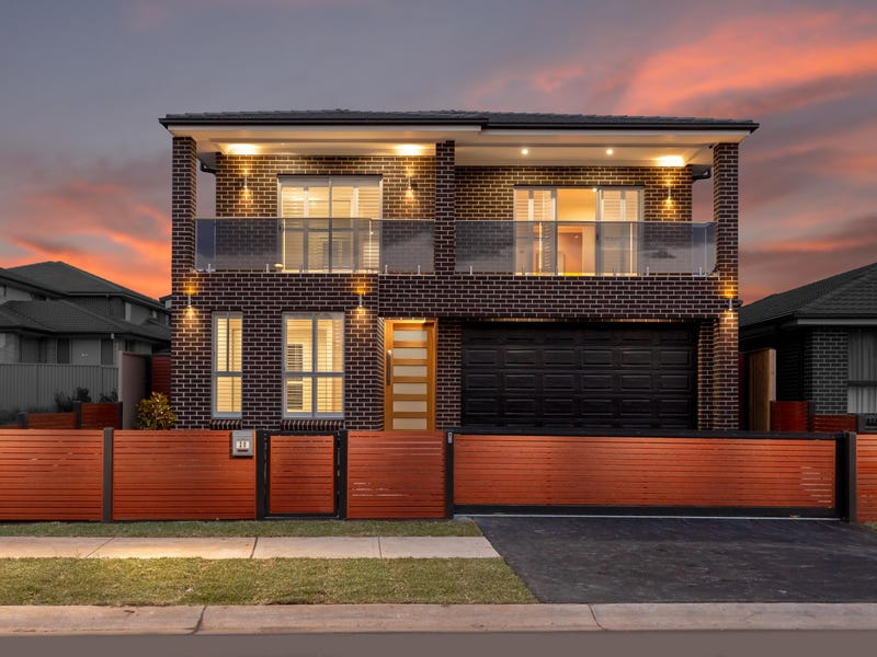 20 Kew Road, Carnes Hill, NSW 2171