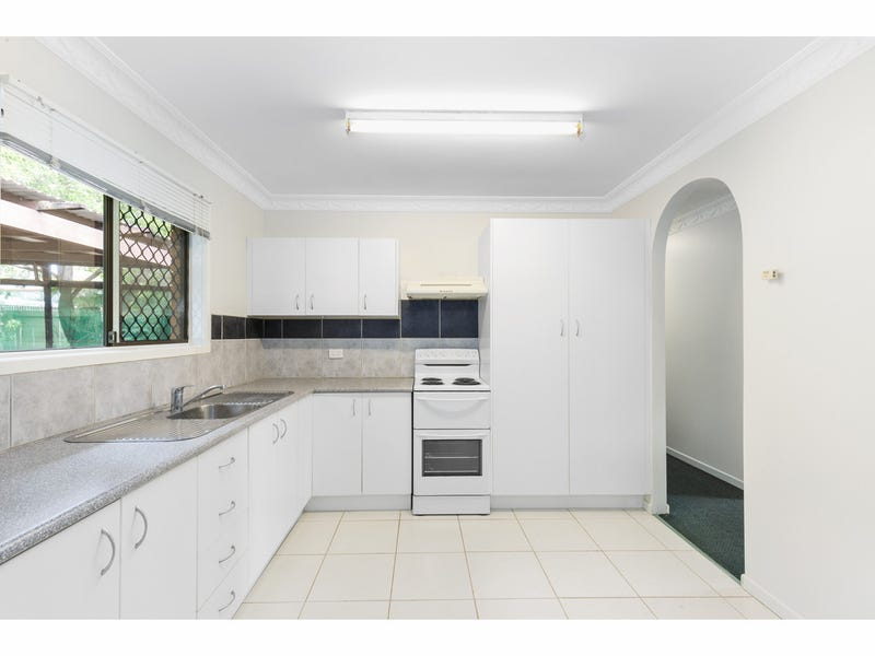 15 Capricorn Crescent, Norman Gardens, Qld 4701